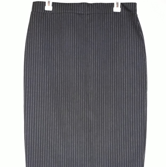 H&M Dresses & Skirts - H&M Pencil Skirt